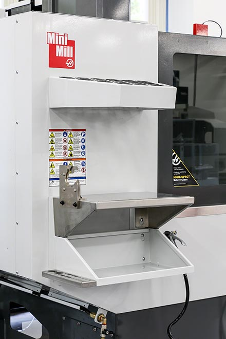 Amazing More Operator Convenience Features Include The Toolholder Tray (upper),  Storage Tray, Work Surface, Hand Tool Rack, And Toolholder Vice (lower).